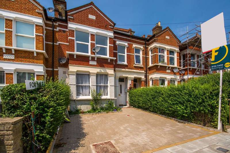 3 Bedrooms Flat for sale in Gleneagle Road, Streatham, SW16