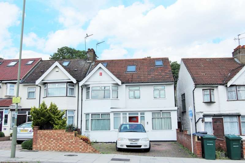 5 Bedrooms Semi Detached House for sale in Renters avenue, London, London, NW4