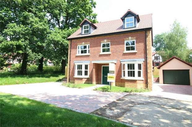 5 Bedrooms Detached House for sale in Plot 11, The Commodore, Llanyravon, Cwmbran