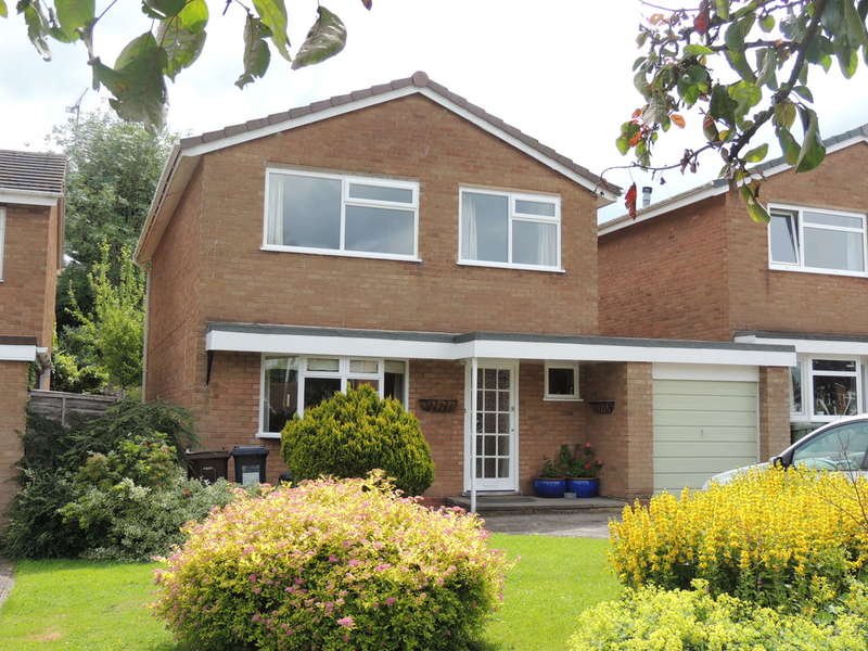 4 Bedrooms Detached House for sale in Purnells Way, Knowle, Solihull