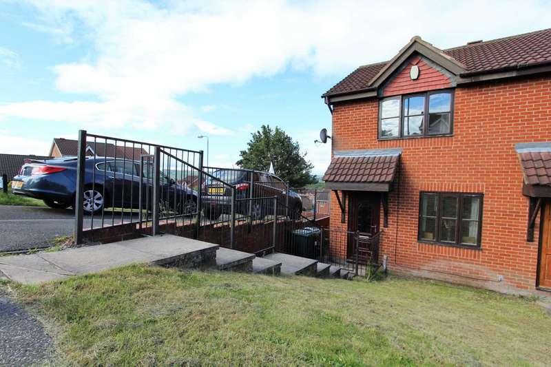 2 Bedrooms Town House for sale in Cornfield, Dewsbury Moor