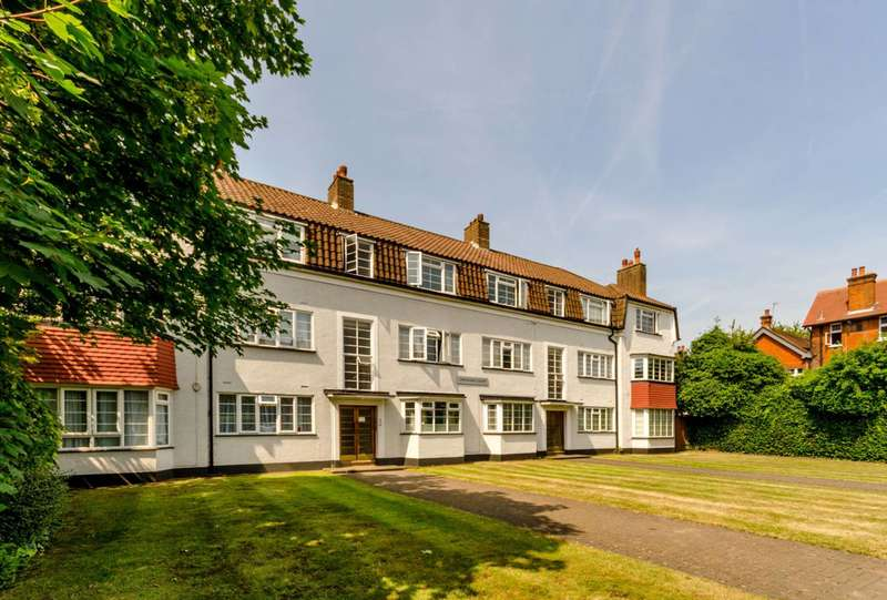 2 Bedrooms Flat for sale in Chesham Court, Wandsworth Common, SW18