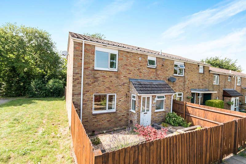 3 Bedrooms Property for sale in Brahms Road, Basingstoke, RG22