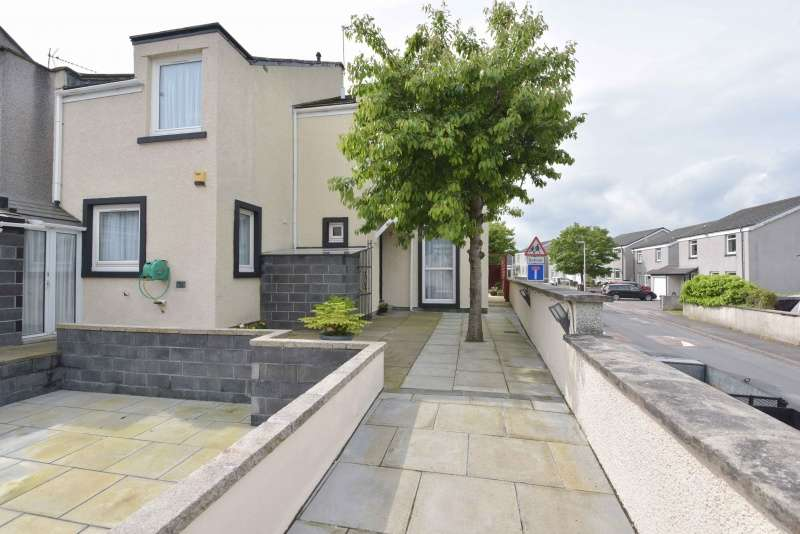 3 Bedrooms Detached House for sale in Clerk Maxwell Crescent, Aberdeen, Aberdeenshire, AB12 5RZ