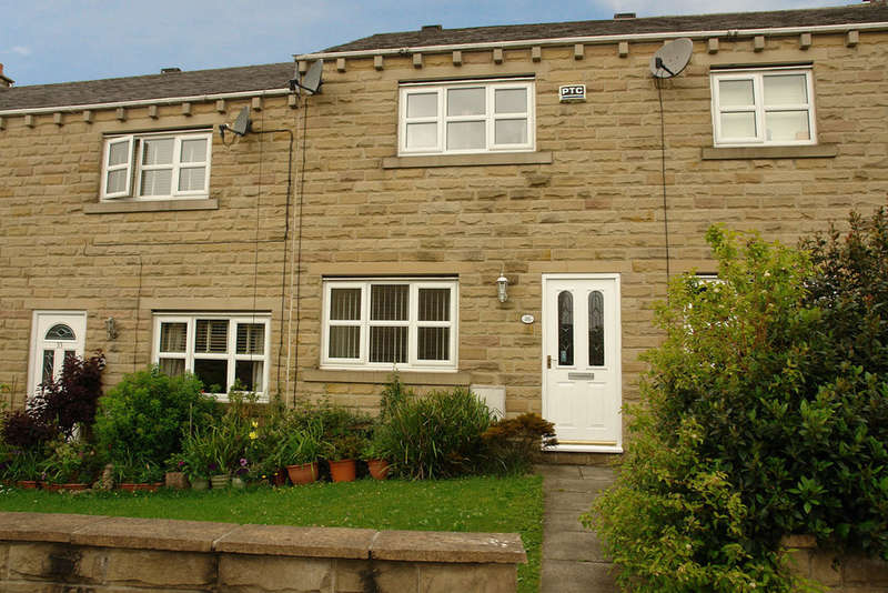 3 Bedrooms Town House for sale in Mellor Street, Lees, Oldham