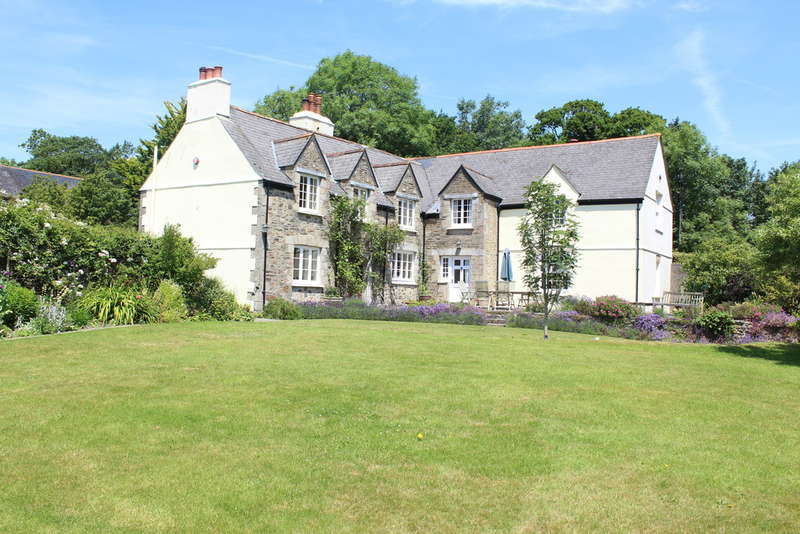5 Bedrooms House for sale in Penquit House Farm