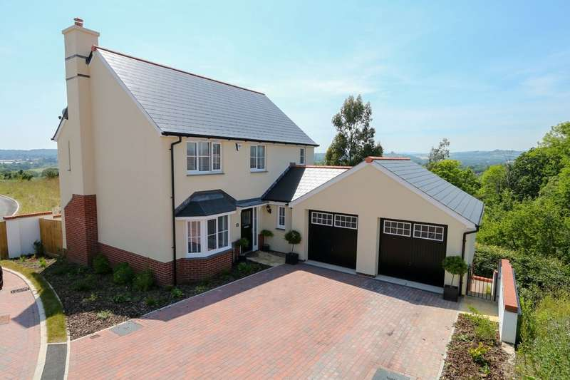4 Bedrooms Detached House for sale in Teign Fort Drive, Kingsteignton