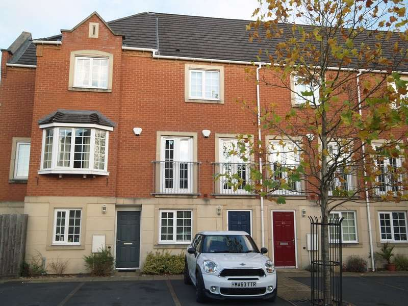 4 Bedrooms Town House for sale in Madison Avenue, Brierley Hill
