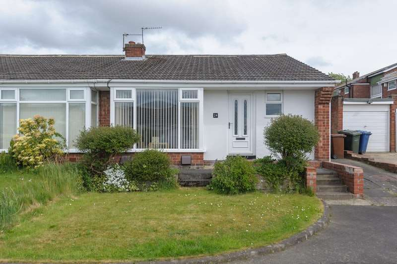 2 Bedrooms Bungalow for sale in Coldside Gardens, Newcastle upon Tyne, Tyne and Wear, NE5