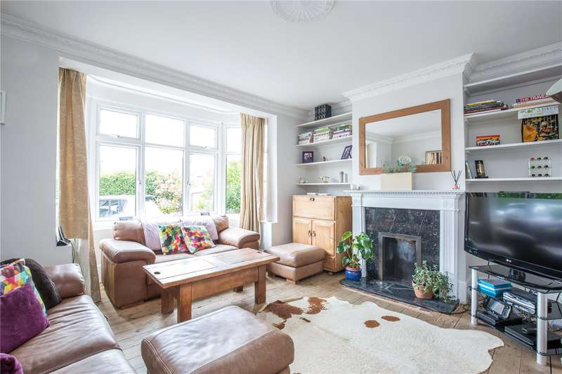 4 Bedrooms Semi Detached House for sale in Bunns Lane, Mill Hill, London, NW7
