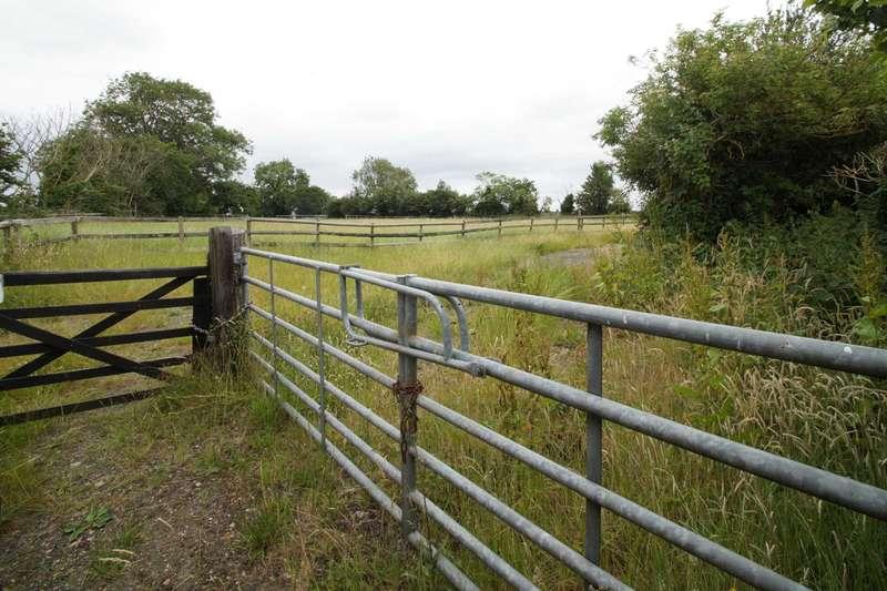 Land Commercial for sale in Bramley Apple Paddocks, Asheridge, chesham