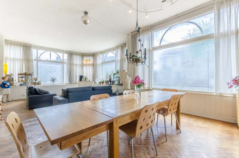 5 Bedrooms Terraced House for sale in Corporation Street, Stratford, E15
