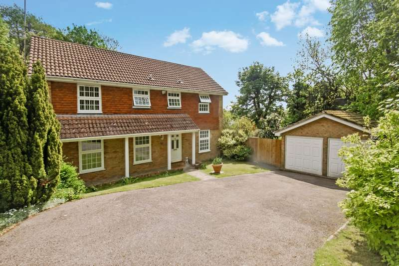 5 Bedrooms Detached House for sale in Boundary Way, Croydon