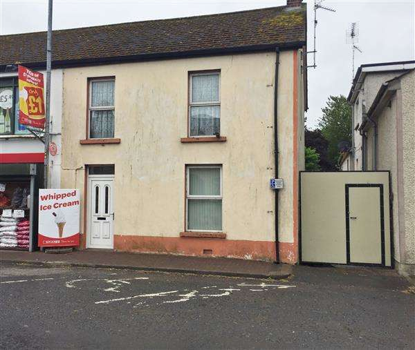 3 Bedrooms Terraced House for sale in 1 Main Street
