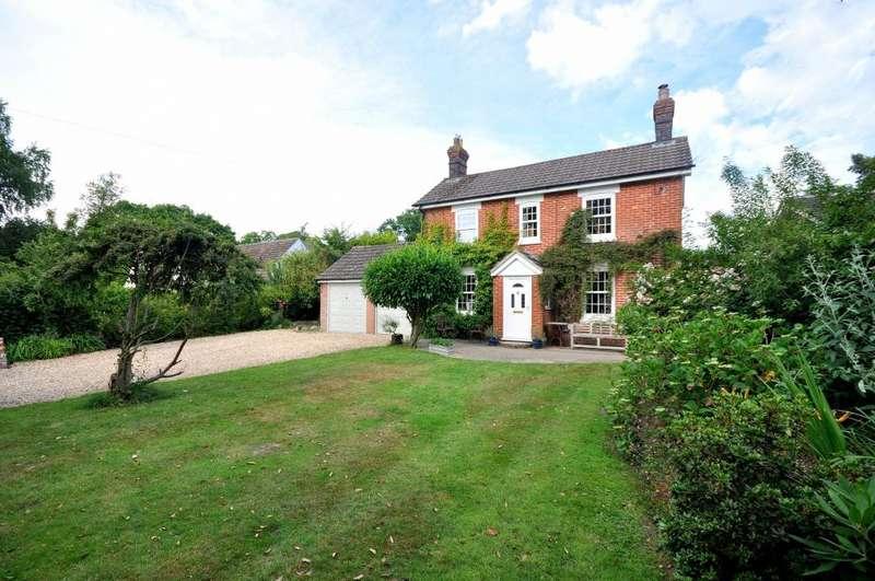 3 Bedrooms Detached House for sale in Woolsbridge Road, Ashley Heath, Ringwood, BH24 2LT