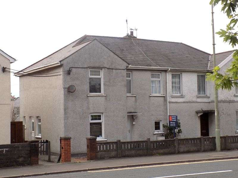 3 Bedrooms Semi Detached House for sale in Pyle Road, Pyle, Bridgend. CF33 6AE