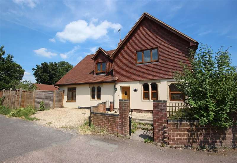 4 Bedrooms Detached House for sale in Charlton Road, Wantage, OX12