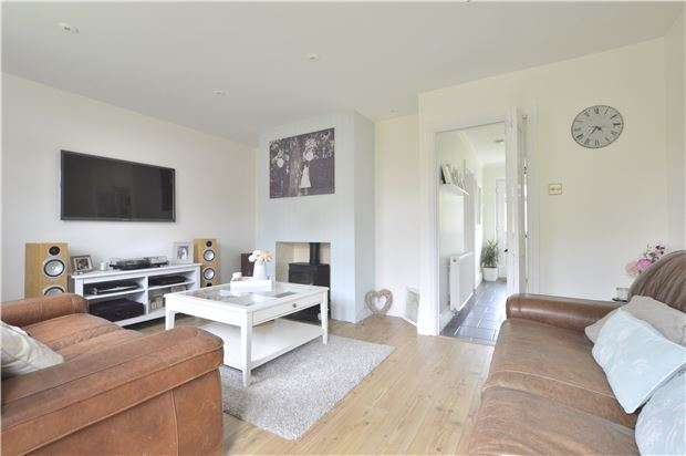 3 Bedrooms End Of Terrace House for sale in TEWKESBURY, Gloucestershire, GL20 8QW