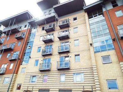 2 Bedrooms Flat for sale in River View, Low Street, Sunderland, Tyne and Wear, SR1
