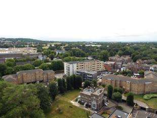 1 Bedroom Flat for sale in Hastings House, Mulgrave Road, London
