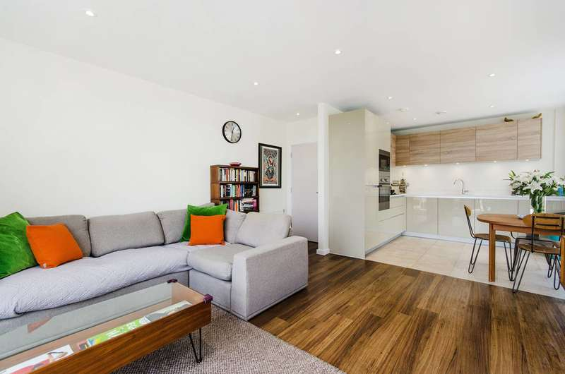 2 Bedrooms Flat for sale in Palmerston Road, Acton, W3