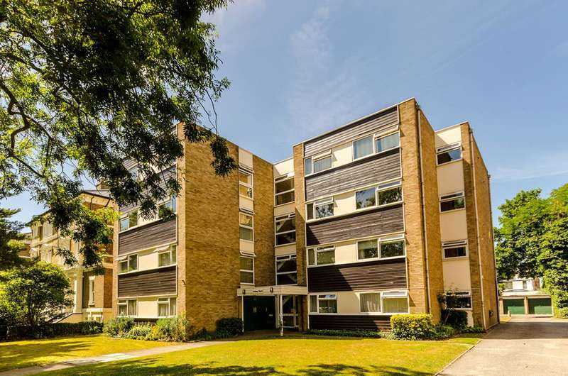 2 Bedrooms Flat for sale in The Avenue, Surbiton, KT5