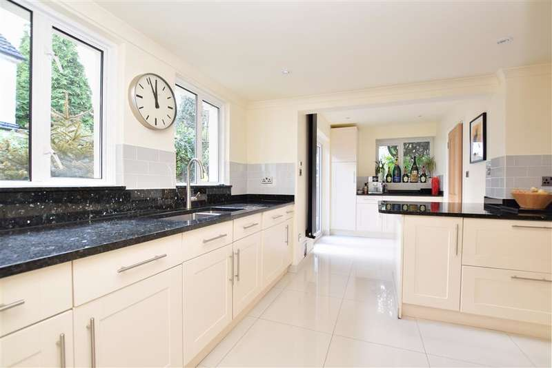 3 Bedrooms Detached House for sale in Garlands Road, Redhill, Surrey