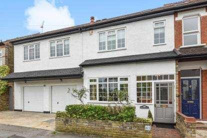 6 Bedrooms Semi Detached House for sale in Grosvenor Road, West Wickham