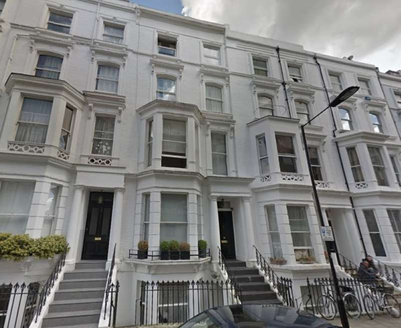 2 Bedrooms Flat for sale in Hatherley Grove, Bayswater, London, W2 5RB