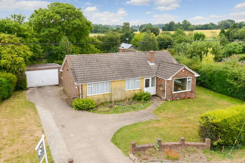 3 Bedrooms Detached Bungalow for sale in Stone Street, Petham, CT4