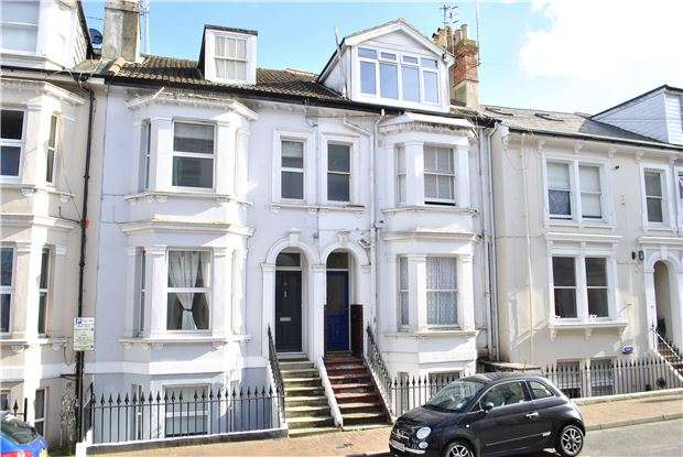 1 Bedroom Flat for sale in Dudley Road, TUNBRIDGE WELLS, Kent, TN1 1LE