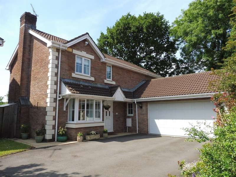 4 Bedrooms Detached House for sale in Liddell Close, Pontprennau, Cardiff