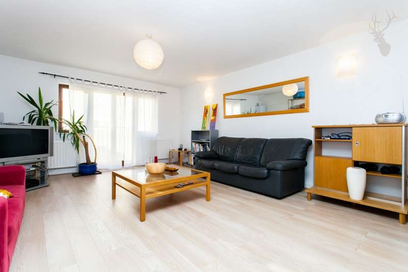 2 Bedrooms Apartment Flat for sale in Pavan Court, Sceptre Road, Bethnal Green, E2