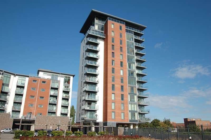 2 Bedrooms Apartment Flat for sale in Rope Quays, Gosport