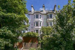 4 Bedrooms House for sale in Cumberland Walk, Tunbridge Wells, Kent