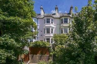 4 Bedrooms House for sale in Cumberland Walk, Tunbridge Wells, Kent