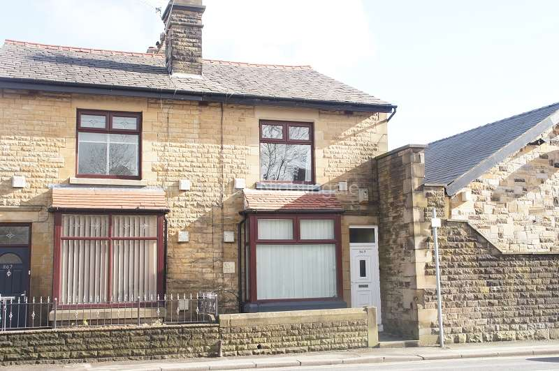 3 Bedrooms Semi Detached House for sale in St. Helens Road, Bolton, Greater Manchester. BL5 1AS