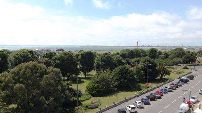 3 Bedrooms Flat for sale in Southsea, Hampshire, United Kingdom