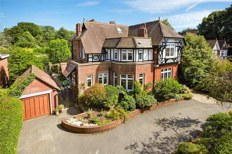 6 Bedrooms Detached House for sale in St. Martins Avenue, Epsom, Surrey, KT18