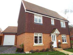 3 Bedrooms Detached House for sale in Grebe Way, Maidstone, Kent