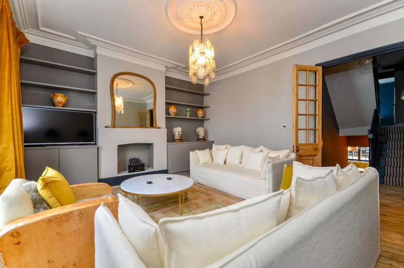 3 Bedrooms Maisonette Flat for sale in Dawes Road, Fulham Broadway, SW6