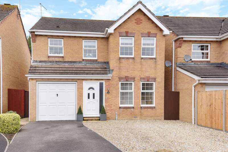 4 Bedrooms Detached House for sale in Campion Drive, Yeovil