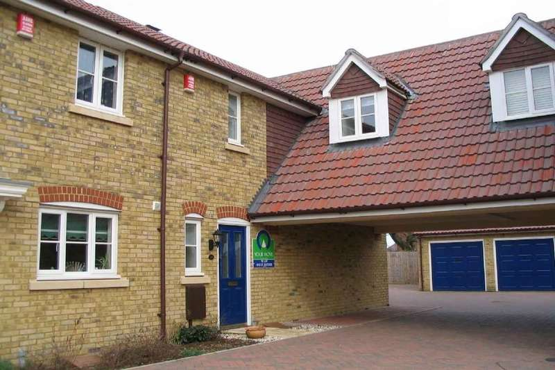 3 Bedrooms Property for sale in Faustina Drive, Knights Park, Ashford, TN23