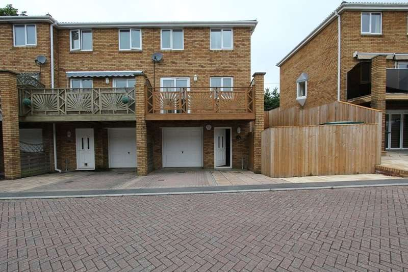 3 Bedrooms Town House for sale in Voisey Close, Chudeligh Knighton