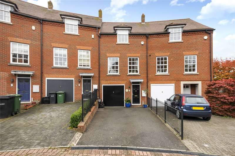 4 Bedrooms Terraced House for sale in Goldsmith Way, St. Albans, Hertfordshire, AL3