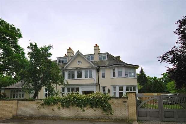 5 Bedrooms Detached House for rent in Parkside Avenue, Wimbledon, London