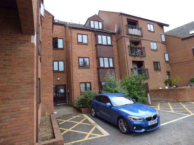 1 Bedroom Flat for sale in Britannia Road, Banbury