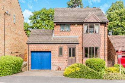 3 Bedrooms Detached House for sale in Highland Road, New Whittington, Chesterfield, Derbyshire