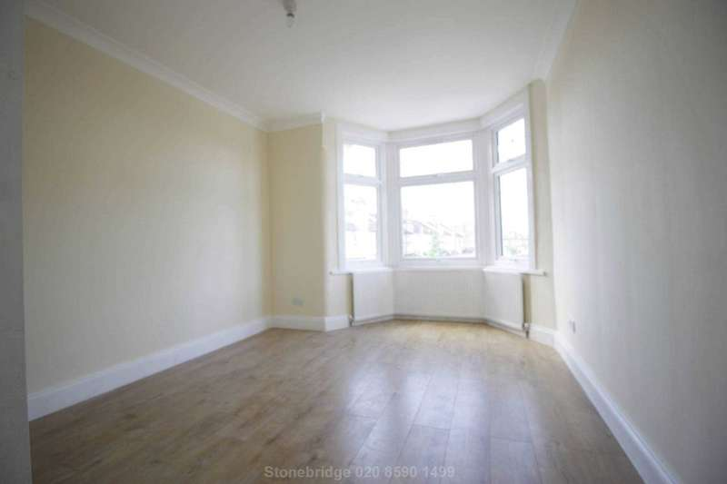 6 Bedrooms Terraced House for sale in Perth Road, Gants Hill IG2