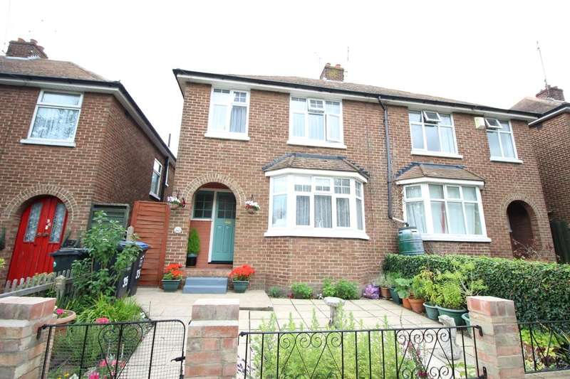 3 Bedrooms Semi Detached House for sale in Vale Square, Ramsgate, CT11